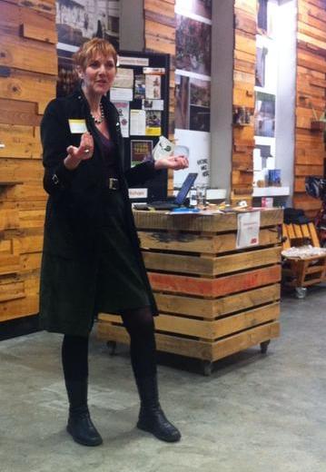 Kath Dewar, speaking at Telling Good Stories. Image credit: Nicola Young @NicolaYoung15